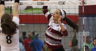 Maggie Sagers (17) and the Plano Wildcats won their Top 20 showdown with Allen on Friday night.